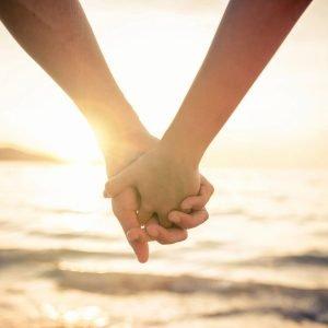 Holding-Hands-Beach-Sunset