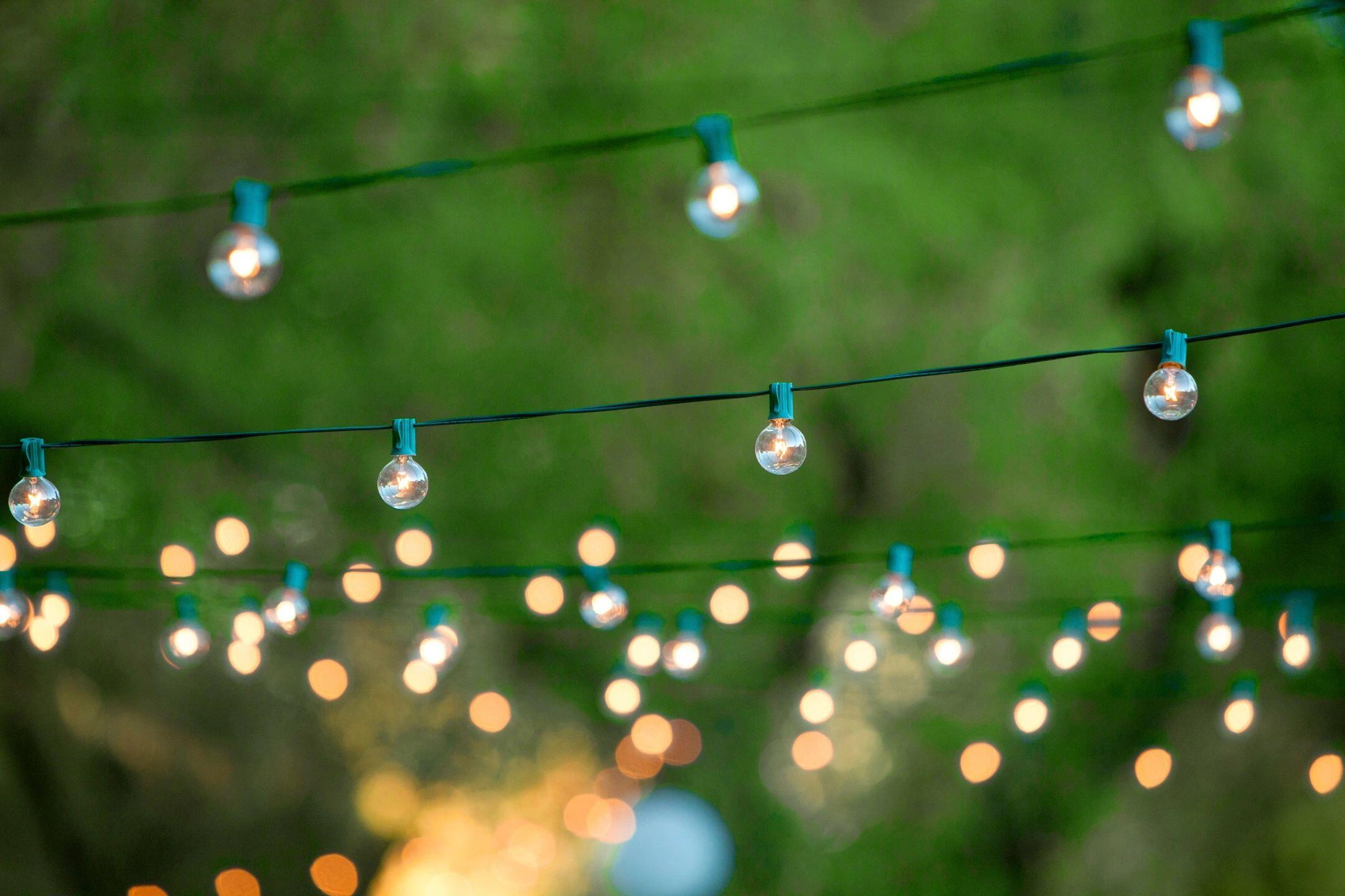 What Are Party Planning Tips for a Fun and Entertaining Event?