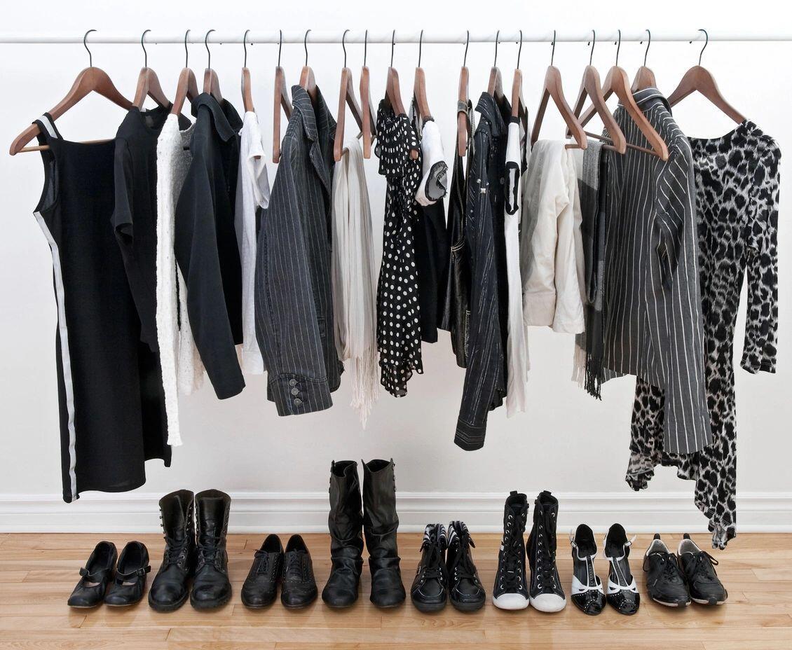 Organized-Closet-Clutter-Free-Closet