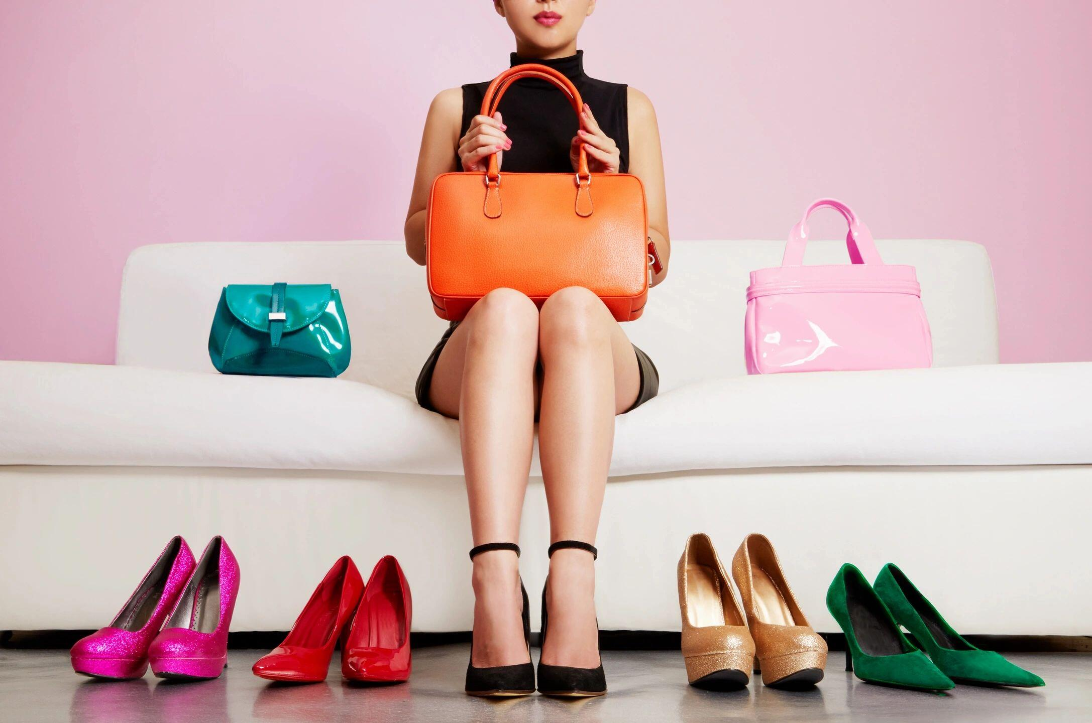 Selling Stuff Quickly Online: How to Sell Your Stuff Online After Decluttering